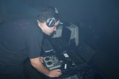 DJ (21)
