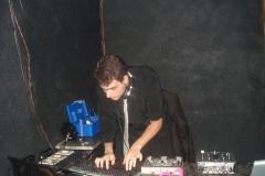 DJ (26)